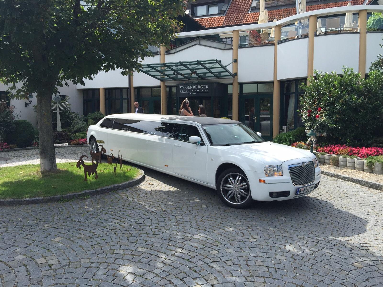 Stretchlimousine Wien mieten, hummer limousine